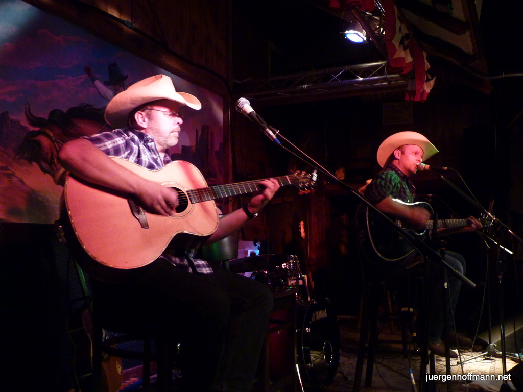 Four Corners, Support für Mark Chesnutt